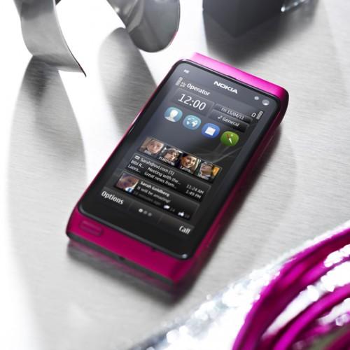 nokia n8 pembe 1 Nokia N8 şimdi de pembe renkle geliyor