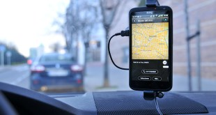 tomtom kit manos libres iphone smartphone