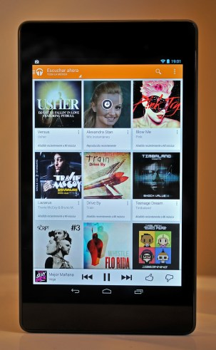 Google Nexus 7 (2013) - Play Music