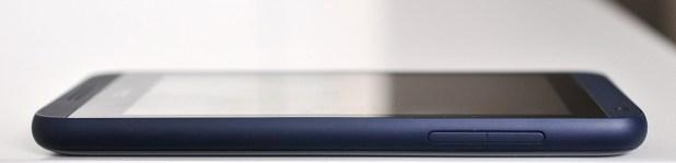 HTC Desire 610 - Derecha