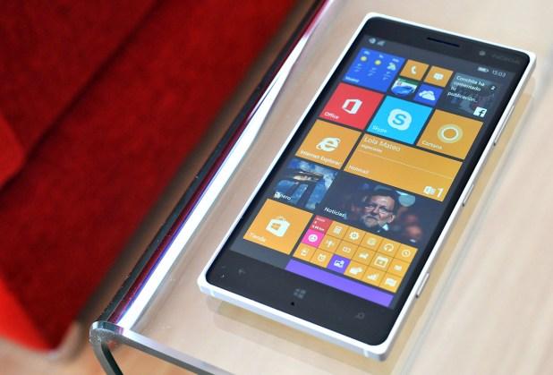 Nokia Lumia 830 - 12