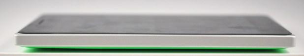 Nokia Lumia 830 - izquierda