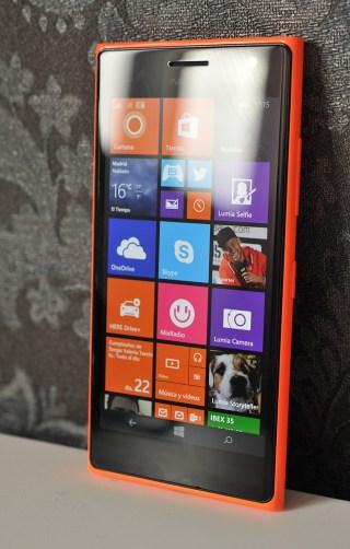 Nokia Lumia 735 - 7