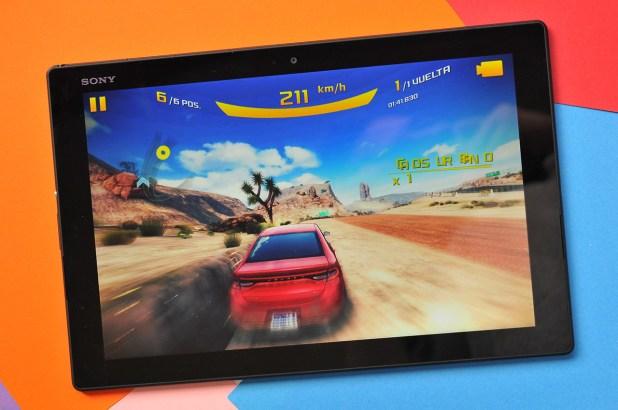 Sony Xperia Z4 Tablet - 12