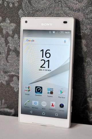 Sony Xperia Z5 Compact - 13