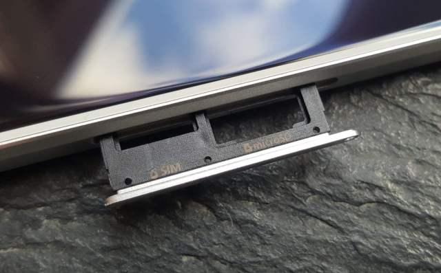 Galaxy Note 10 Hafıza Kartı Girişi Olmayabilir