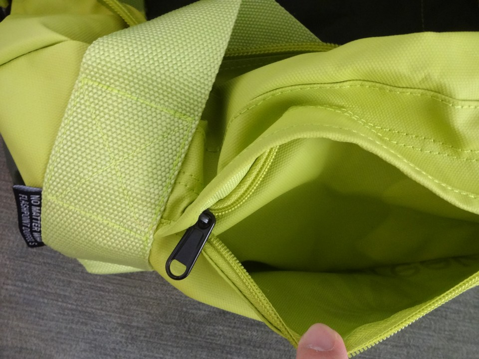 Eagle Creek No Matter What Duffel Small - Front Pocket