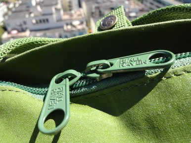 Fjallraven Kanken Mini Leaf Green - Zippers