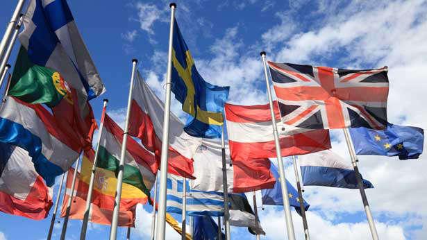 Contratti di Lavoro in Europa – Schede della Romania e Slovacchia