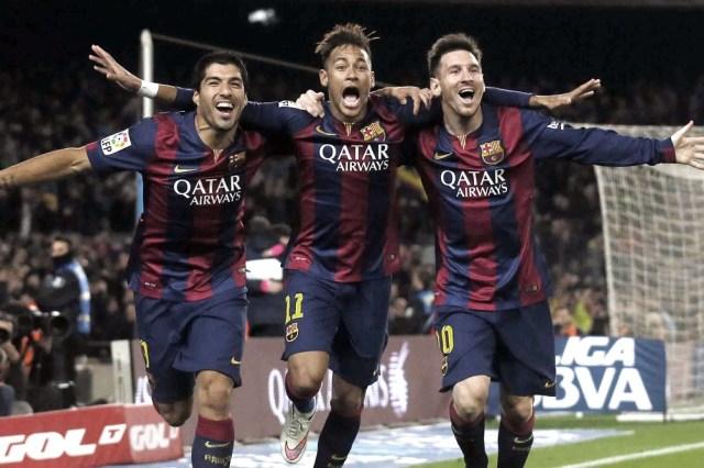 Messi, Neymar y Suárez, en otro tiempos, con la camiseta de Barcelona y hoy máximas estrellas de la Copa América (foto archivo)