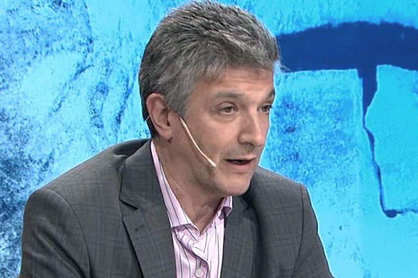 """Gustavo López: """"Las comunicaciones son un servicio público porque se le dice a la gente que todo lo tiene que hacer bajo esa modalidad"""""""