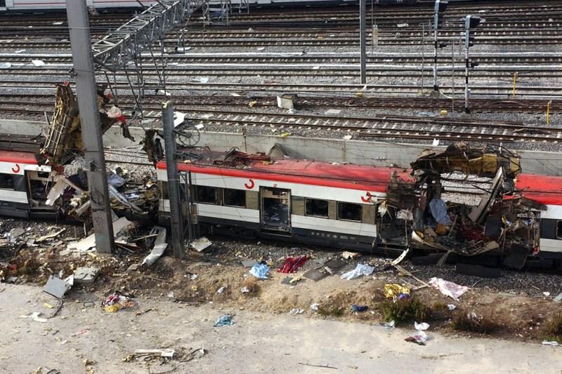 Al Qaeda atentó el 11 de marzo de 2004 contra cuatro trenes de la red de Cercanías de Madrid.