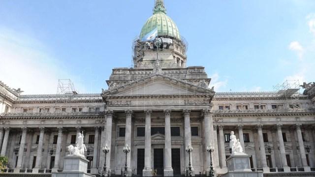 La comisión bicameral está compuesta por nueve integrantes del Frente de Todos y siete de Juntos por el Cambio
