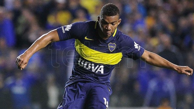 Fabra será el tercer representante del fútbol argentino en el seleccionado colombiano, junto a Edwin Cardona y Rafael Santos Borré.