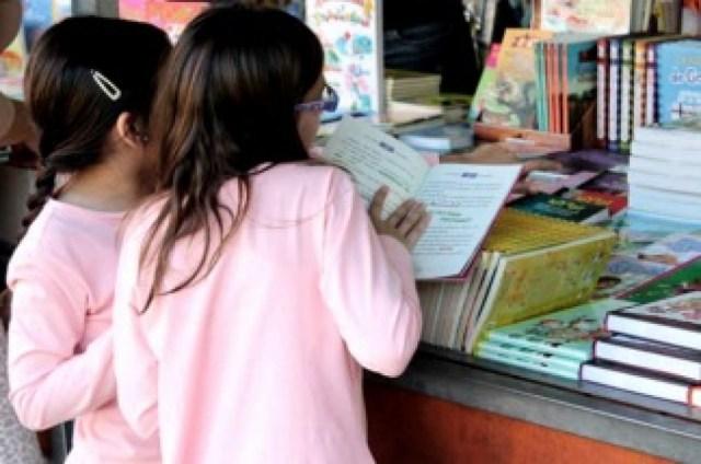 """Según la SAP niñas y niños transitan el virus de una forma """"benigna"""""""