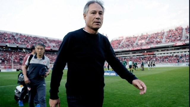 Holan cuando dirigía Independiente.