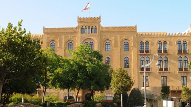El estado de emergencia había sido decretado por el ahora ex primer ministro Hassan Diab.