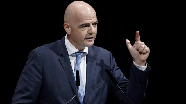 Infantino avala la decisión de que clubes europeos cedan sus jugadores a sus países por las eliminatorias