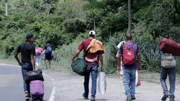 Colombia y Panamá permitirán el paso controlado, por su frontera común, de miles de migrantes que van hacia Estados Unidos, con el objeto de controlar la migración irregular.