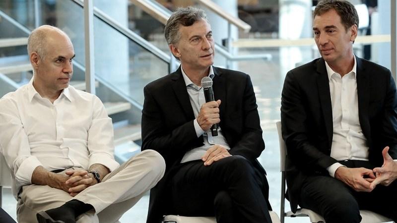 Larreta, Macri y Santilli en una reunión de Gabinete porteño.
