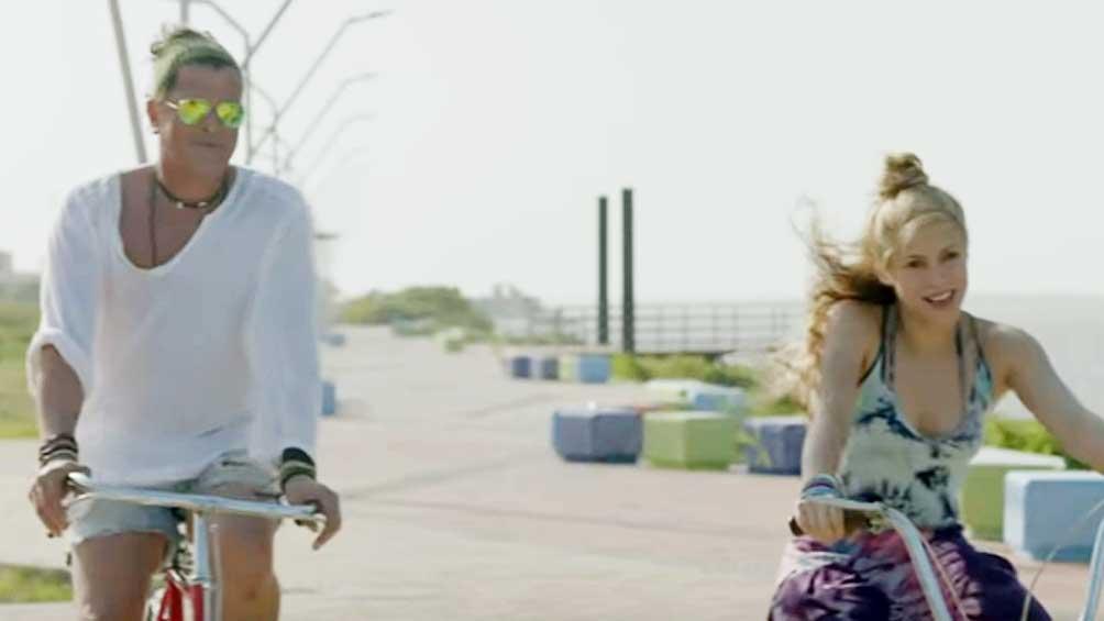 """5c9a1025e7400 - Shakira y Carlos Vives, al estrado por denuncia de plagio del hit """"La bicicleta"""""""