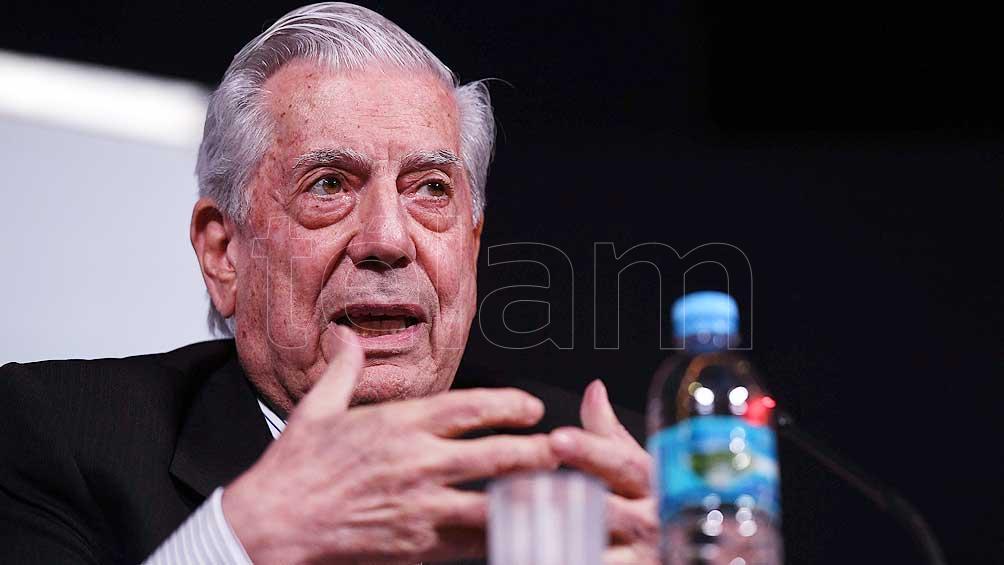 5c9ba33bcd657 - Vargas Llosa anunció que el próximo Congreso de la Lengua será en Arequipa