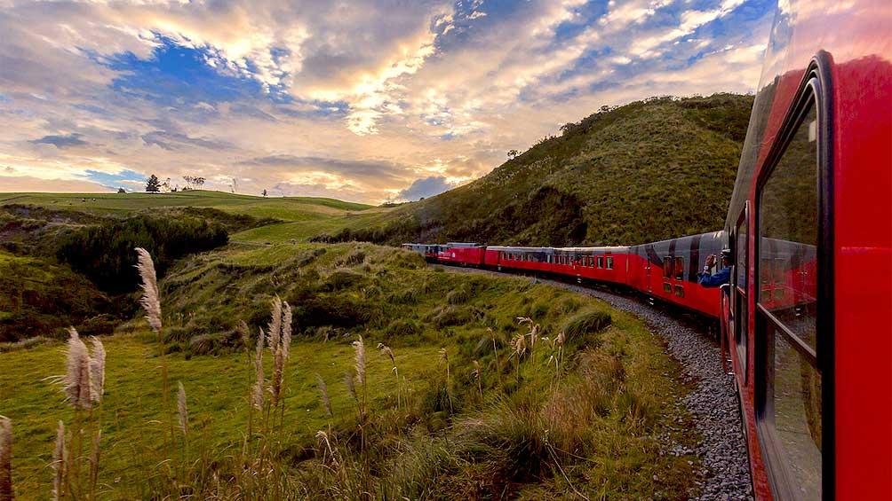 """5ccb121fd6d51 - Un viaje en tren por la """"Avenida de los Volcanes"""""""