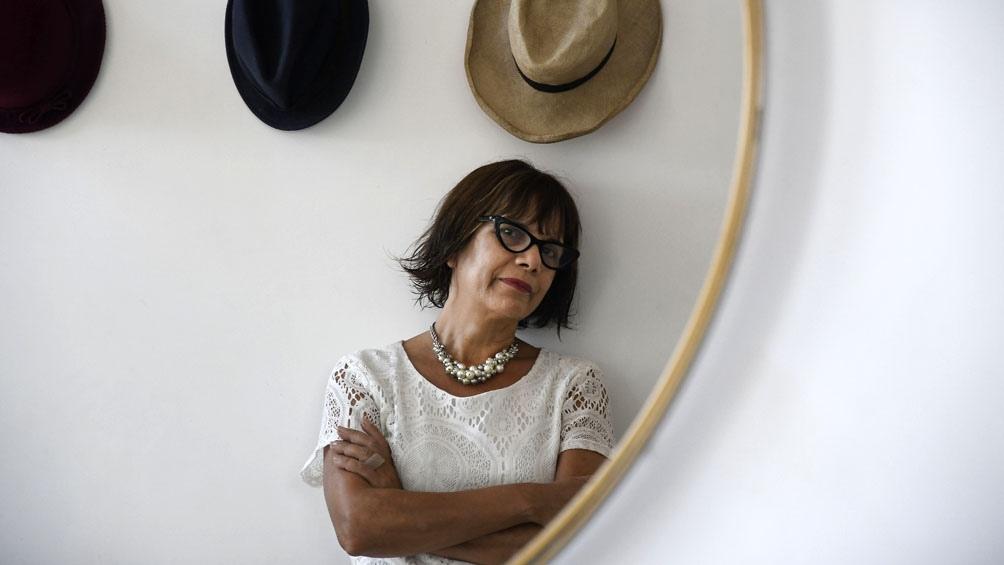 """Claudia Acuña y la epopeya de """"La Vaca"""", un medio autogestivo."""