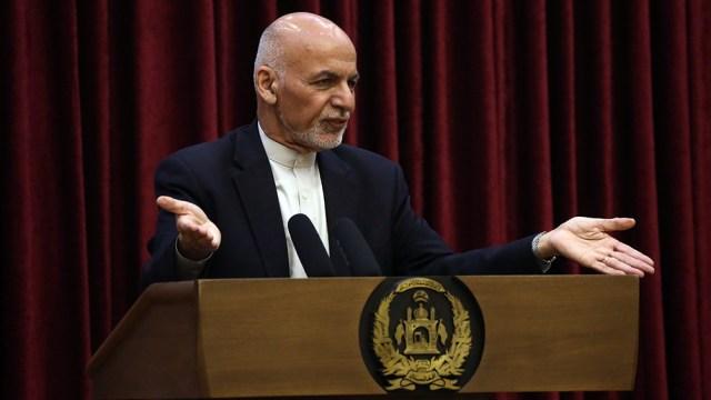 El presidente de Afganistán aceptó la nueva ronda de conversaciones de paz con los talibanes.