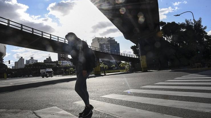 """""""La llegada del frío puede generar un nuevo aumento de casos. Nos preocupa bastante"""", dijo García."""