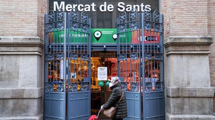 El gobierno catalán decretó a partir de mañana el uso obligatorio del barbijo o tapaboca en la calle siempre