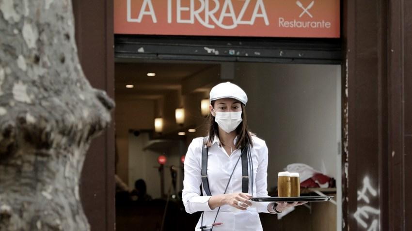 La capital española es una de las ciudades europeas con mayor incidencia de la Covid-19.