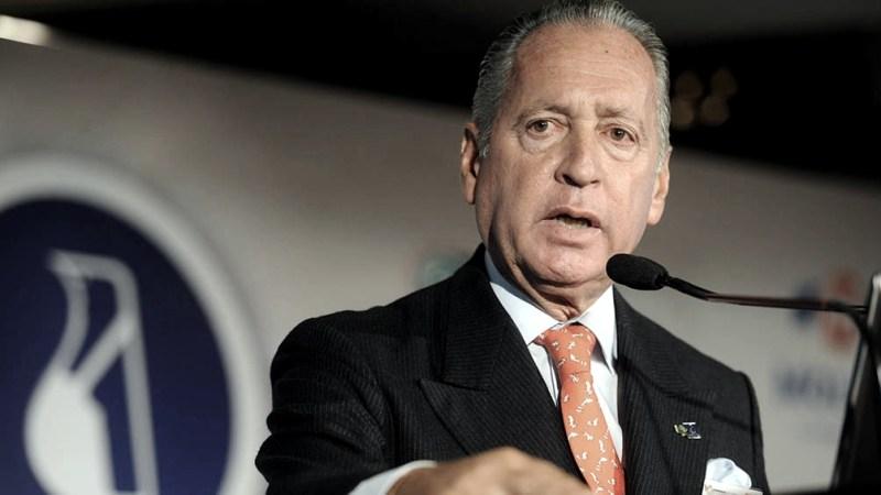 Daniel Funes de Rioja planeó la posibilidad de no abonar los salarios a quienes no se vacunen contra el coronavirus.