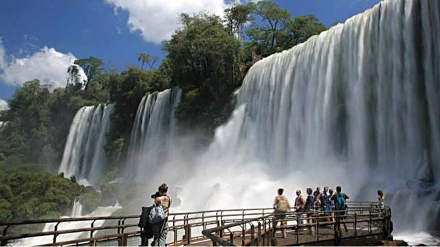 """El ministro de Turismo de Misiones, José María Arrúa, dijo que el Sello """"es un empuje, una palmada en la espalda""""."""