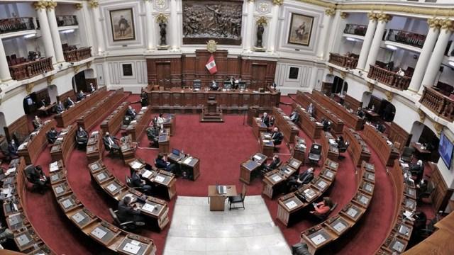Perú: renunció Merino y el Congreso no lograba consenso para designar a su sucesor - Télam - Agencia Nacional de Noticias