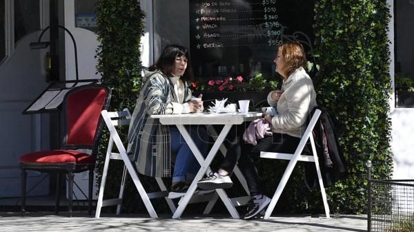 En Santiago del Estero en bares y restaurantes está permitido un aforo del 50 % y hasta 6 personas por mesa.
