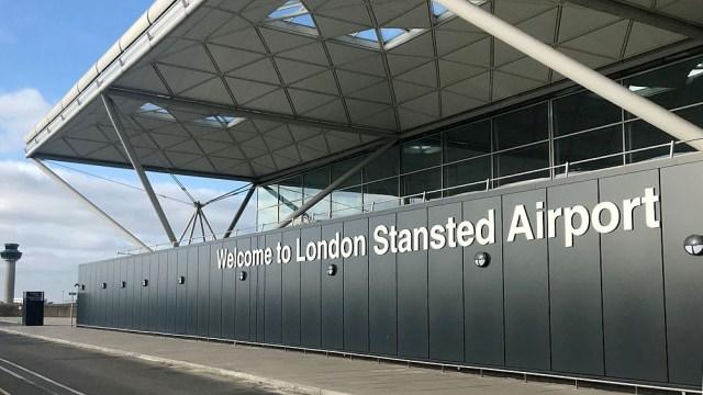 Londres ahora alertó a la población que no se puede viajar por turismo a los países de la lista ámbar
