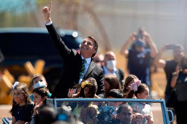 Bolsonaro encabezó una celebración de la Independencia reducida por la pandemia