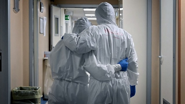 La cartera sanitaria indicó que son 3.799 los internados en unidades de terapia intensiva