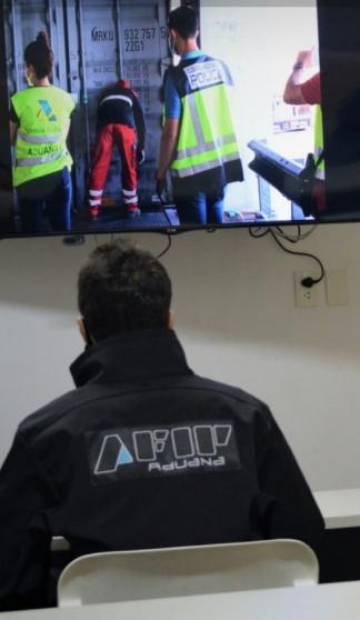 La acción delictiva fue descubierta tras un trabajo conjunto entre las fuerzas de seguridad de ambos países y la aduana española.