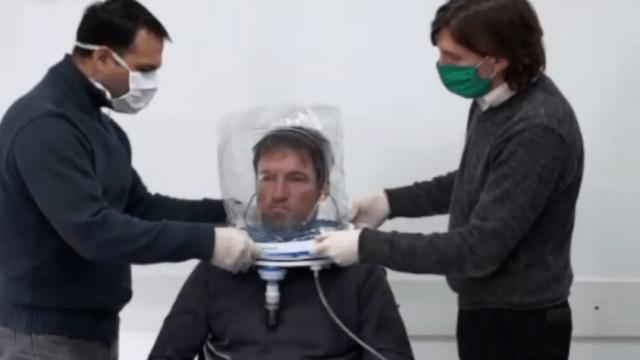 Casco de oxigeno. Demostración del gobierno de Jujuy