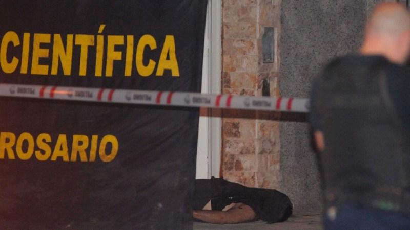 Dos nuevos homicidios conmovieron este martes a la ciudad de Rosario.