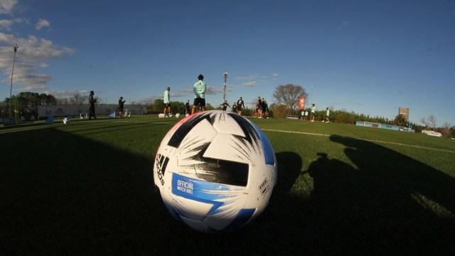 La dirigencia del fútbol argentino rescindió el vínculo con Fox Sports y ahora Turner podría tener el paquete completo de partidos