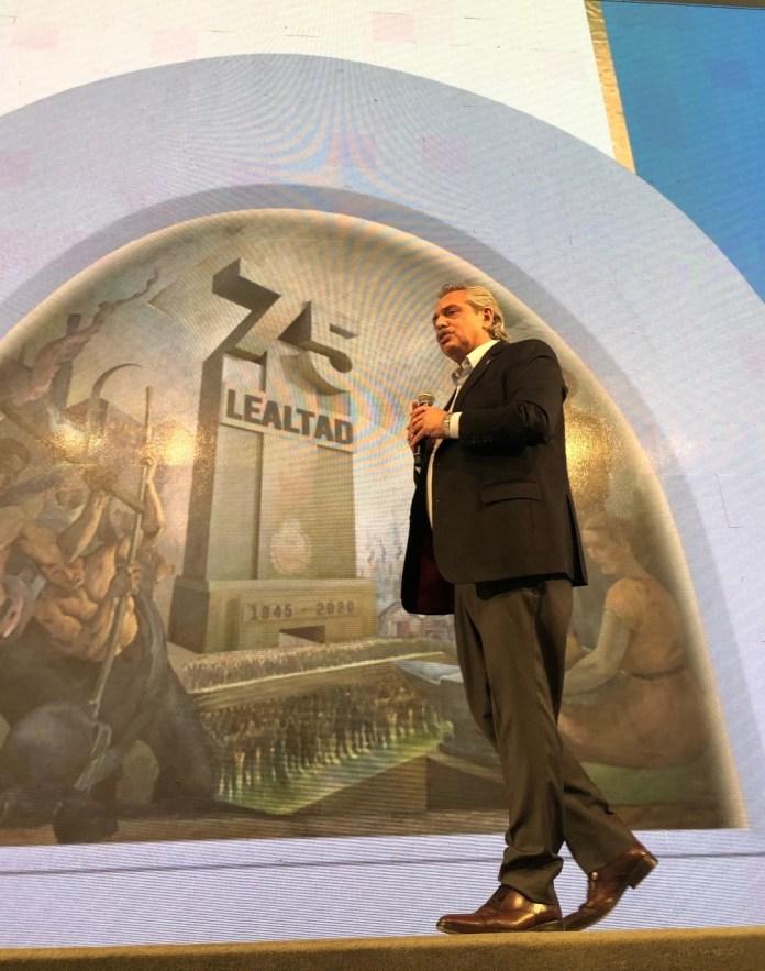 Alberto Fernández, en el acto en la CGT.