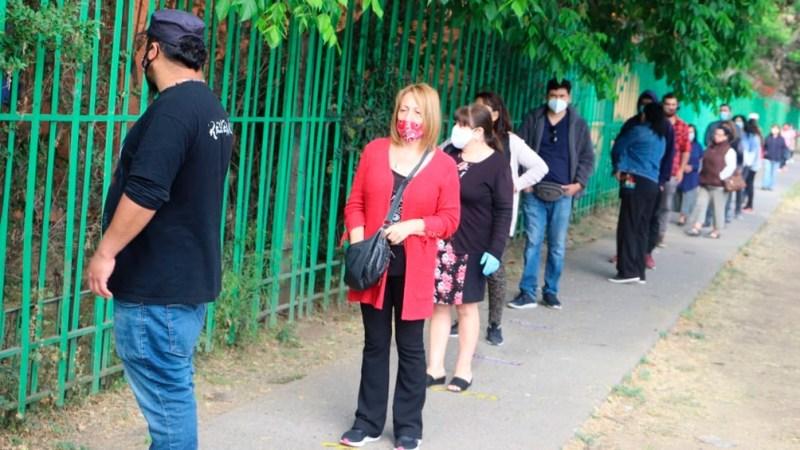 Los chilenos acudieron a las urnas para participar en el histórico plebiscito