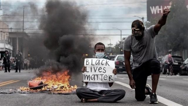 El proyecto de ley se da en un marco de protestas generalizadas en el país.