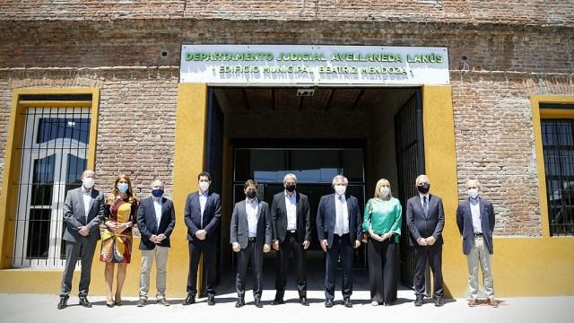 La obra inaugurada en el edificio 'Beatriz Mendoza', sobre la ribera del Riachuelo, permitirá facilitar el acceso a la justicia de los vecinos.
