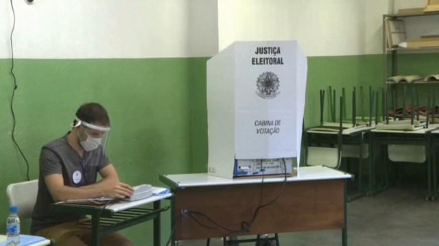Bocas de urna indican balotaje en San Pablo y Rio de Janeiro