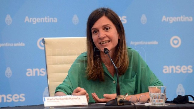 """La titular del Anses, Fernanda Raverta, informó que """"el aumento de 12,12 por ciento permitirá que en el segundo trimestre del 2021 la totalidad de las prestaciones se vean incrementadas por encima de la inflación del período"""""""
