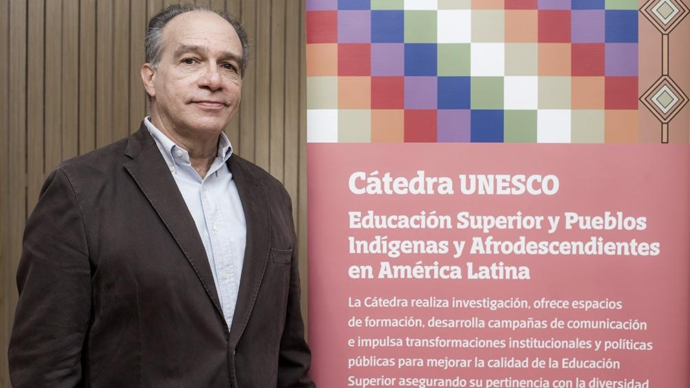 """""""La ideología racista es la que sustenta al colonialismo""""."""